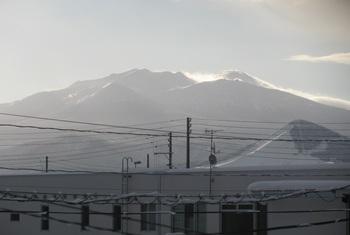 朝の八甲田.jpg