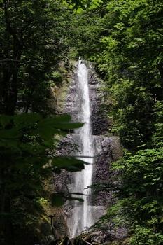 白布の滝.jpg